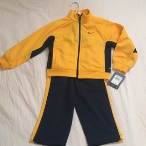 Nike 2 piece set. New with tags!